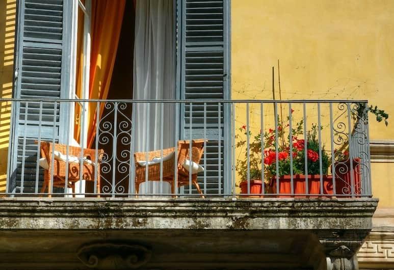 威米娜樂旅館, 羅馬, 酒店正面