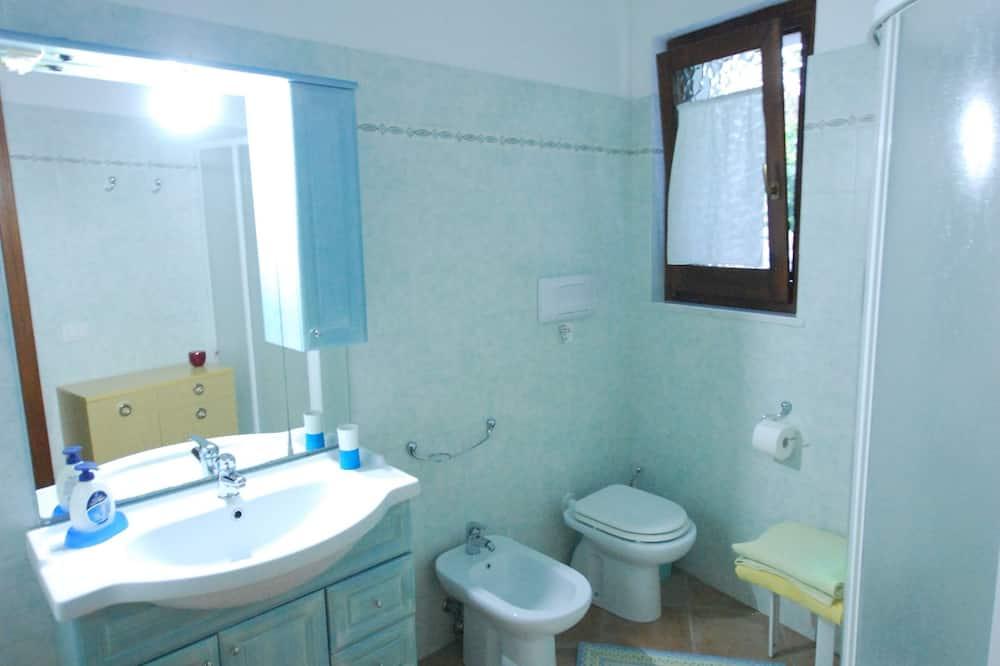 Basic Oda, 1 Çift Kişilik Yatak, Bahçeli - Banyo