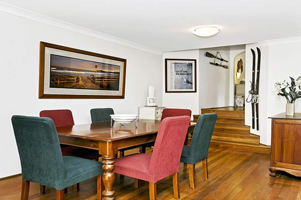 Appartement, 2 slaapkamers, terras - Eetruimte in kamer