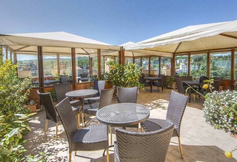 Hotel Mizar, Chianciano Terme, Outdoor Dining