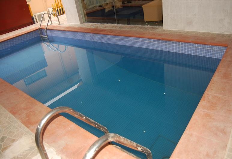 班亞托旅館, 拉各斯, 游泳池