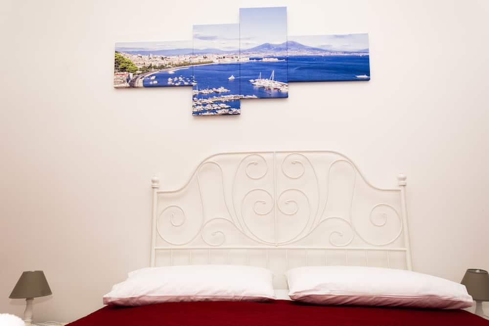 חדר קומפורט זוגי, חדר רחצה משותף - חדר אורחים