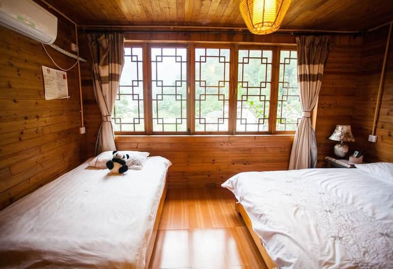 The Old Place In't Youth Hostel, Guilin, Family Room, Guest Room