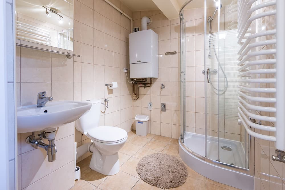 Standard-Dreibettzimmer, 3Einzelbetten - Badezimmer