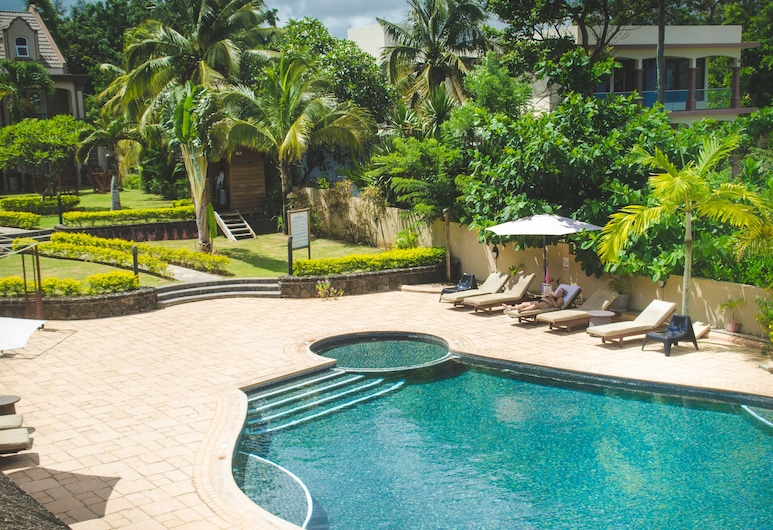 Sunset Reef Resort & Spa, Pointe Aux Piments, Pool