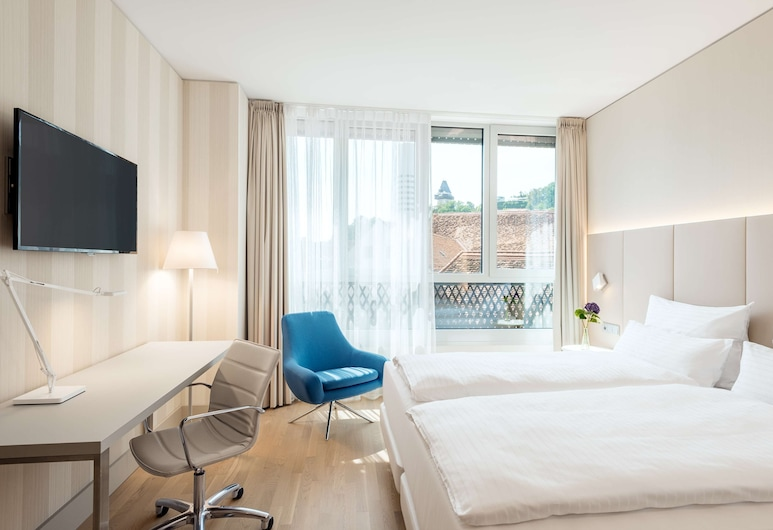NH Graz City, Грац, Стандартный номер, вид (Extra Bed 2 adults + 1 child), Номер