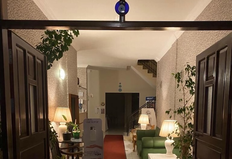 Karadede Hotel, Çeşme, Resepsiyon