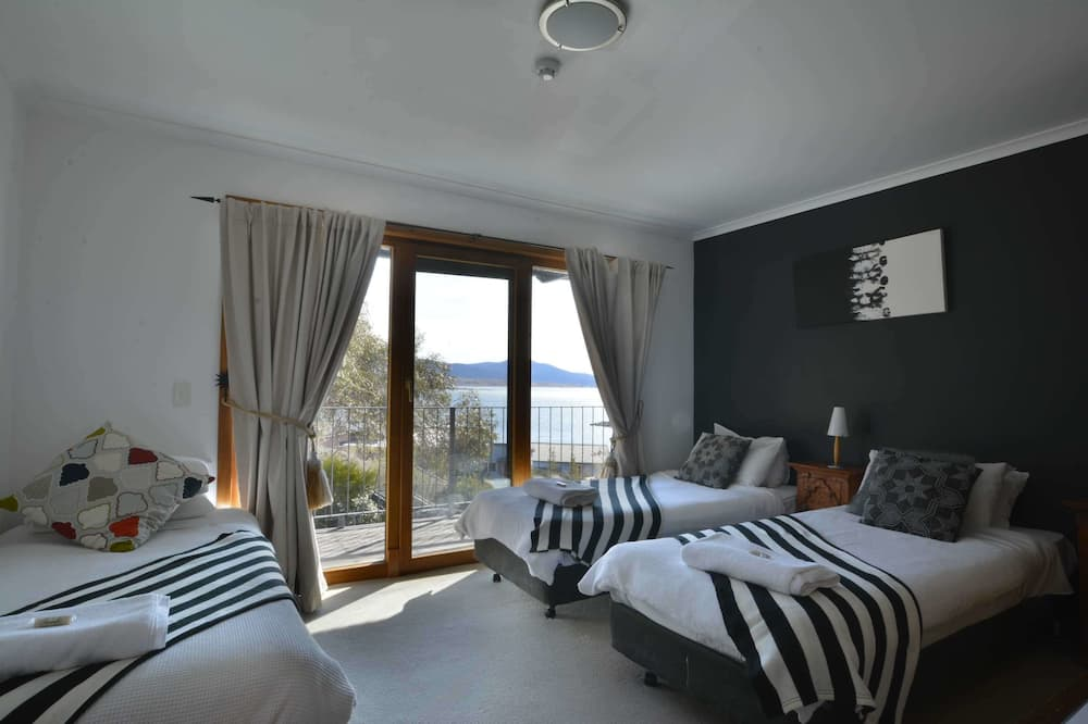 Executive huis, 5 slaapkamers, uitzicht op meer - Kamer