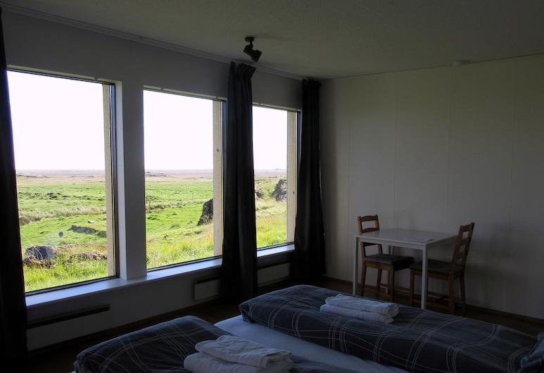Rauðaberg II, Höfn, Camera con letto matrimoniale o 2 letti singoli, bagno condiviso, vista montagna, Camera