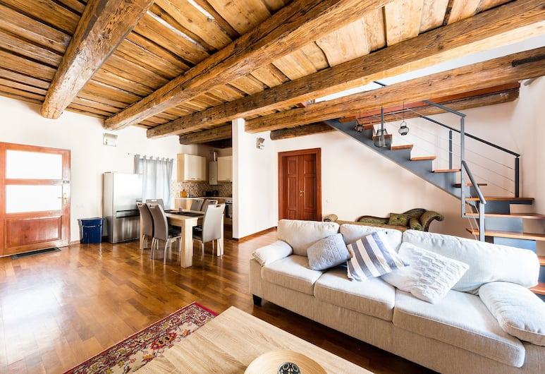 Boris' apartments Old Town Square, Prag, Deluxe-dupleks - 3 soveværelser, Stue