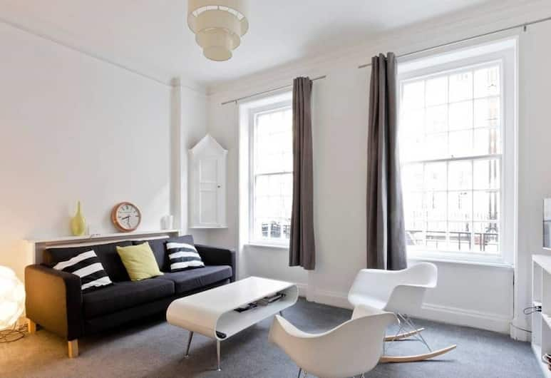 Oxford Circus Luminous Gem, Sleeps 4, London