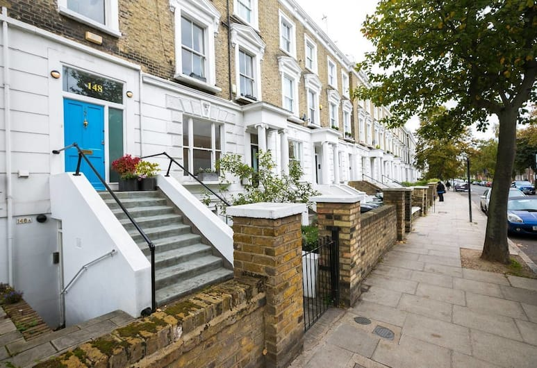 2 BED Flat in Swiss Cottage, London