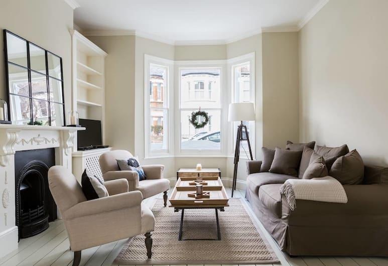 Bright 1BR Modern Home W/terrace in West London, London