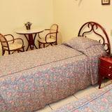 Superior Twin Room, 2 Twin Beds - Bathroom