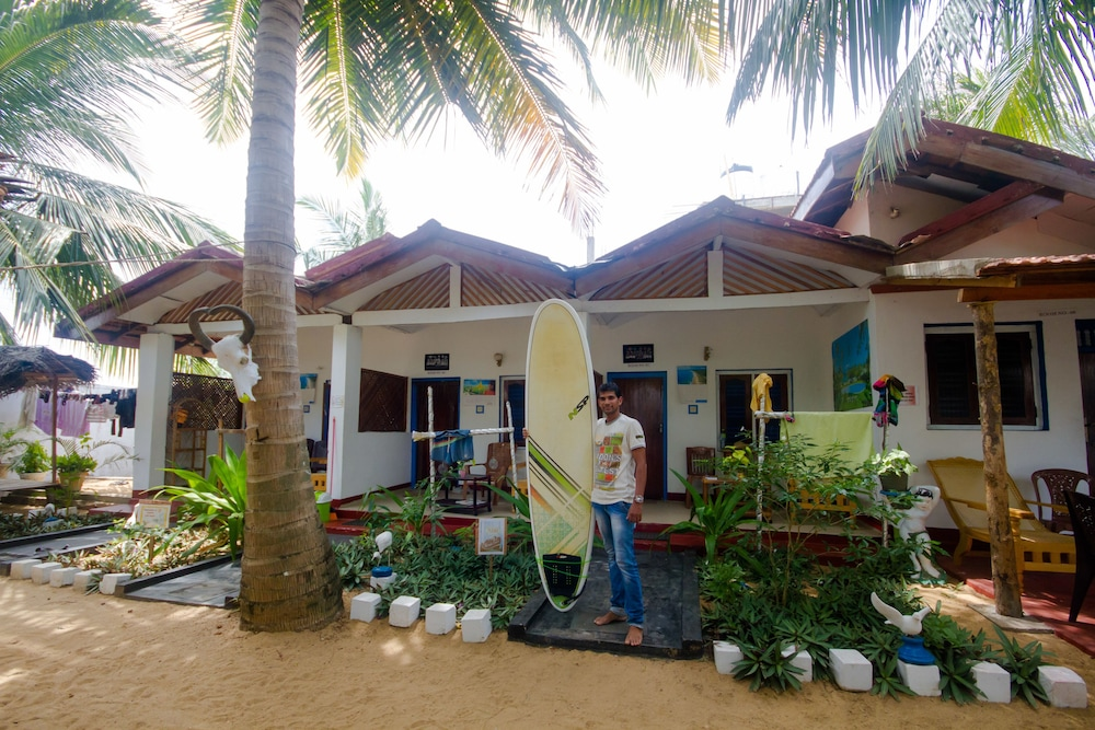 Star Rest Beach Hotel Arugambay Arugam Bay