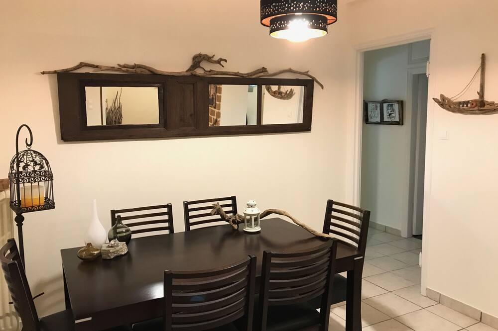 風格公寓, 2 間臥室 - 客房餐飲服務
