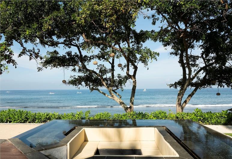 Mangsit Suites by Holiday Resort Lombok, Senggigi, Strönd