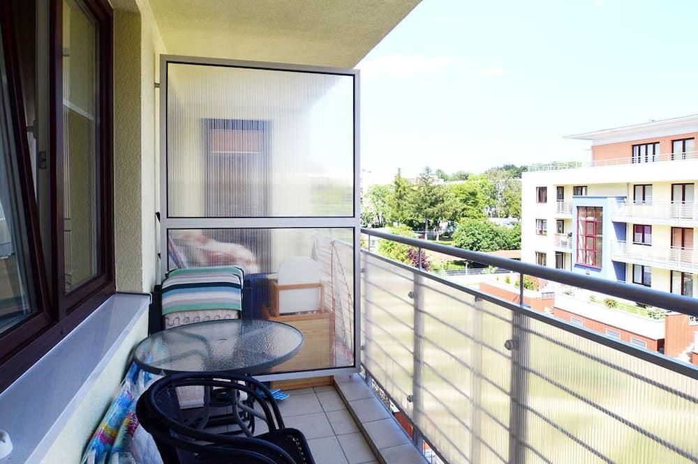 شقة - شُرفة