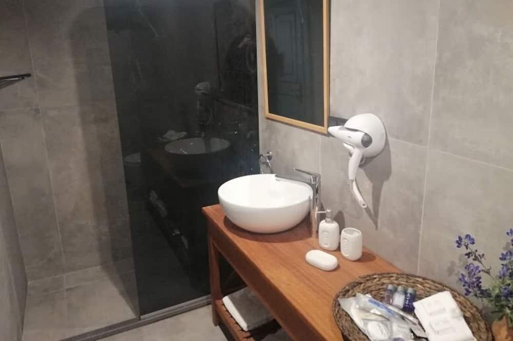 Termera Room - Baño