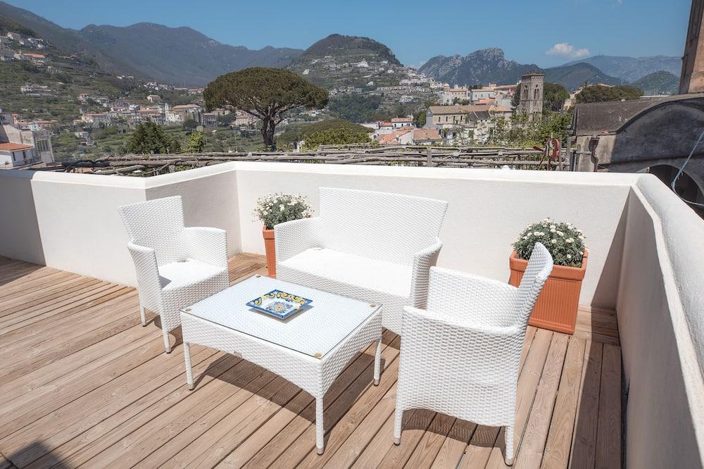 Deluxe Double Room - Terrace/Patio