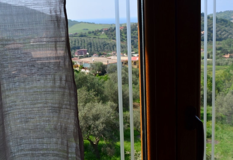 B&B Le Cicale, Agropoli, Deluxe Double Room, Guest Room View