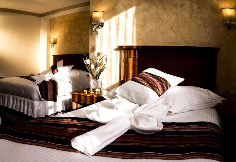 Qantu Hotel, La Paz, Family Room, Guest Room