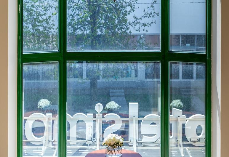 Hotel Simple Plus, Vilnius, Lobby