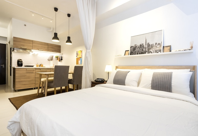 Luxury Scandinavian Studio @ The Pearl Place, Pasig