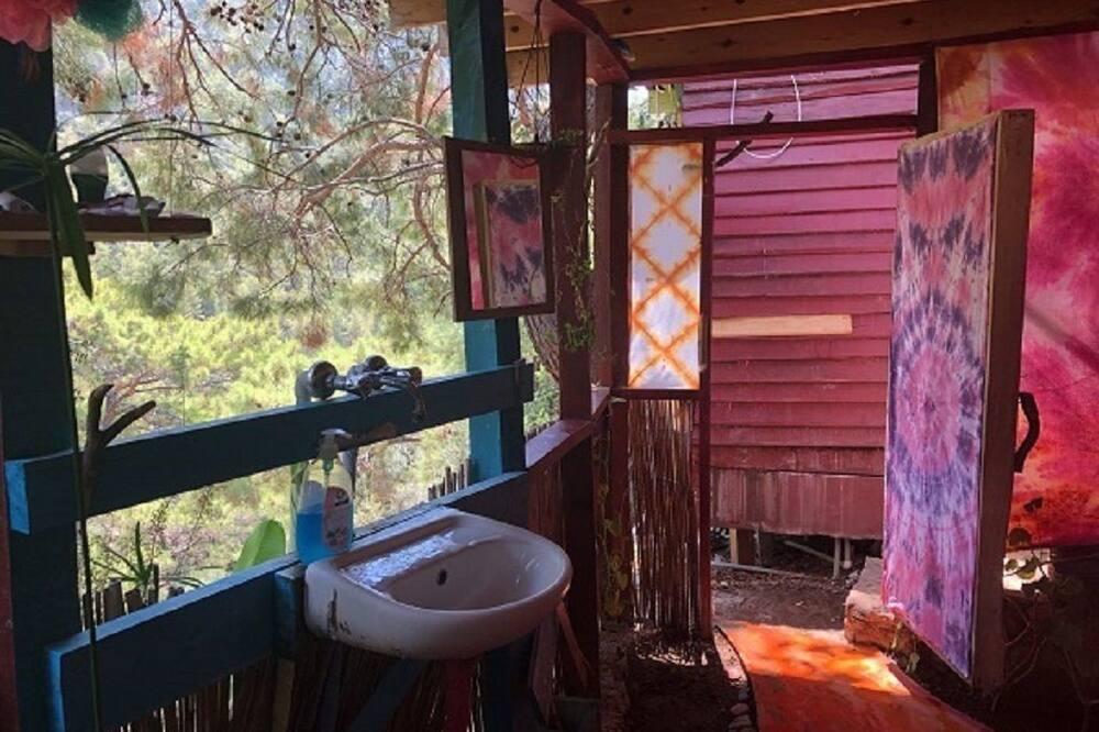 Палатка - Ванная комната