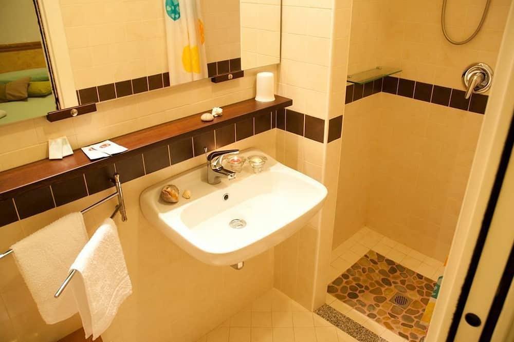 Familienzimmer (Comfort) - Badezimmer
