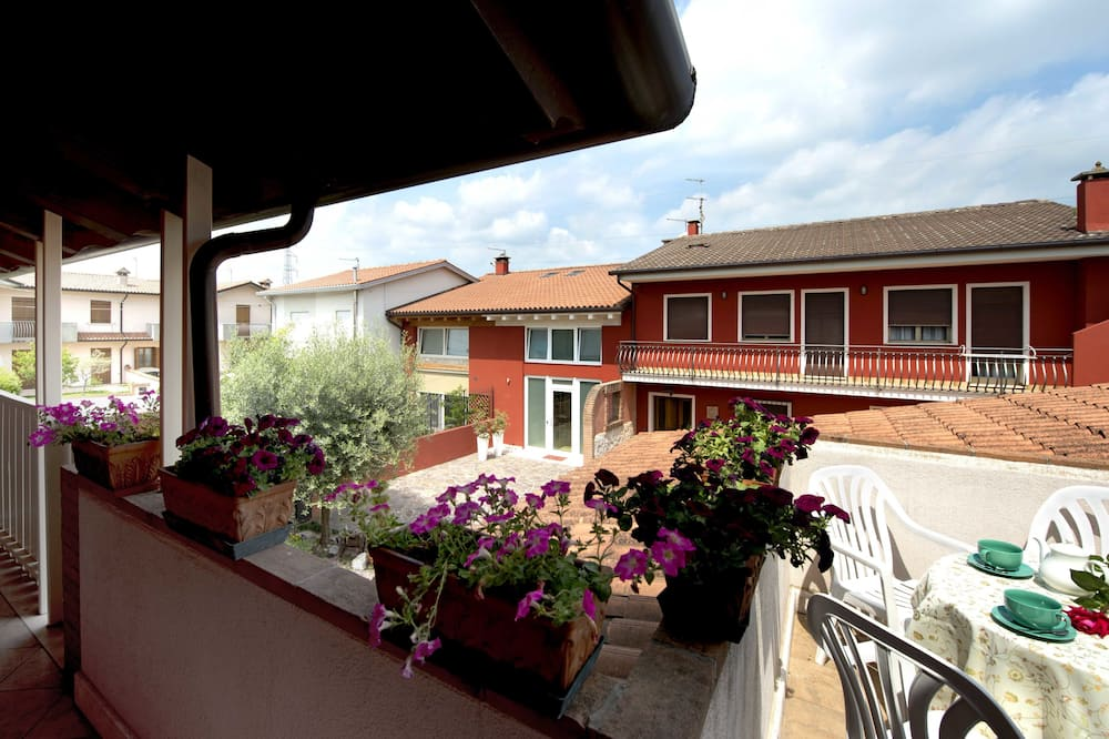 Luxury Studio Suite, 2 Bedrooms, Balcony (Farferrugine) - Balcony
