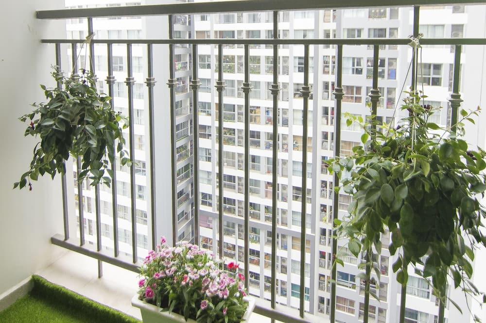 Luxury Apartment, 2 Bedrooms - Balcony