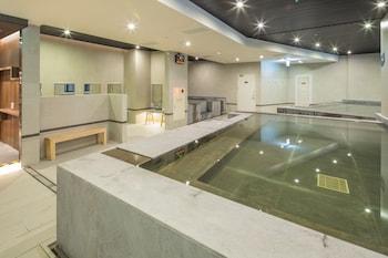 תמונה של Yamagata Kaku Hotel & Spa בג'יאושי