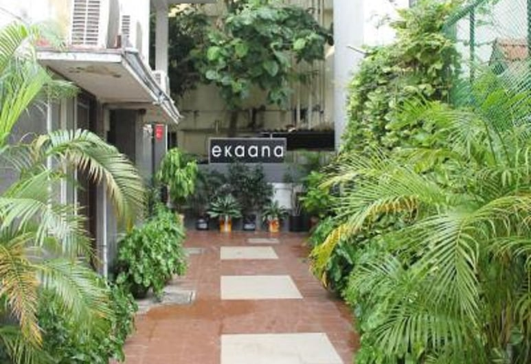 Ekanaa Cottages, Chennai, Vchod do hotela