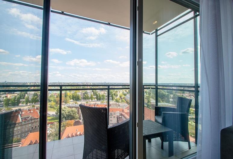 Grand Apartments - Bastion Wałowa, Gdansk, Suite – superior, 1 queensize-seng, balkong, Balkong