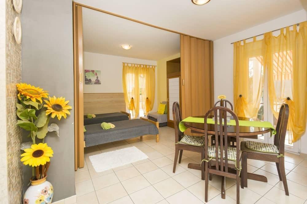 דירה, 2 חדרי שינה (1280/12245) - אזור אוכל בחדר