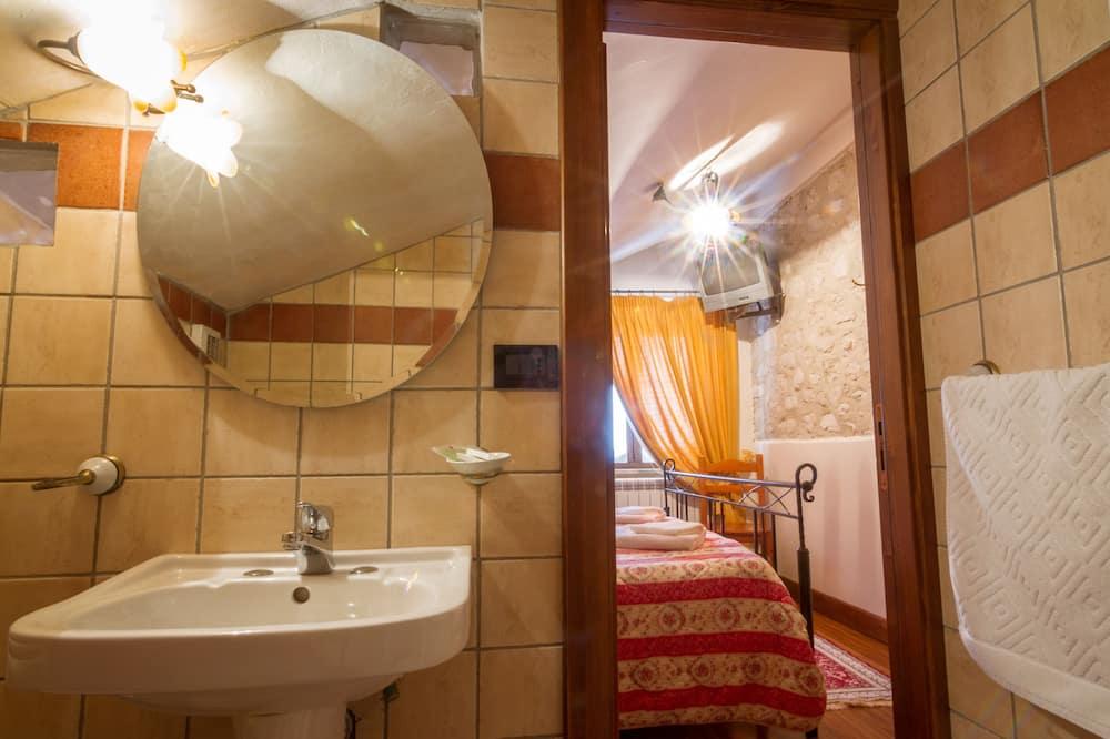 Junior Double Room, Tower - Bathroom