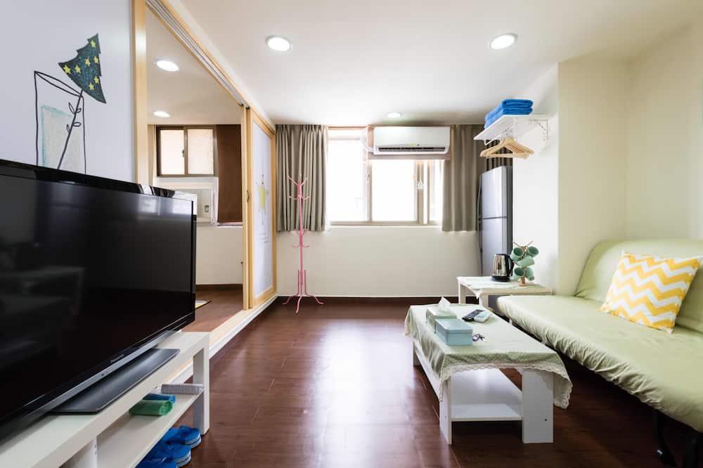 幸福小北歐家庭4-6人房  (不提供每日清潔服務) - 客廳