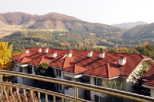黃金家庭公寓式客房飯店/