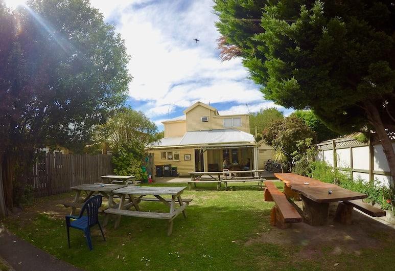 Rucksacker Backpacker Hostel, Christchurch, Tempat Makan Luar Ruangan