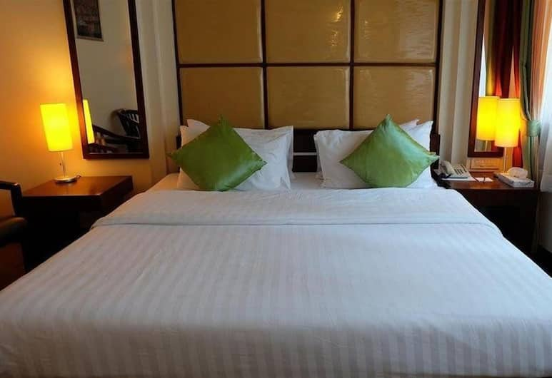 Business Inn Grand  By Bunk, Bangkok, Superior Double Room, Guest Room