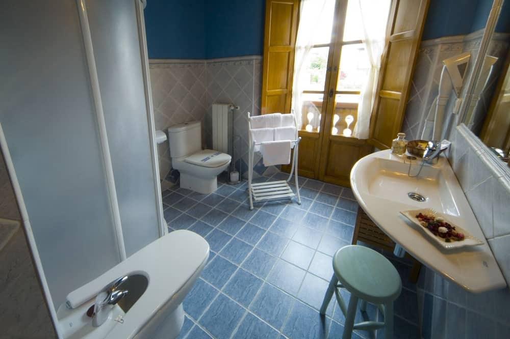 Double Room, Private Bathroom (Doble) - Bathroom