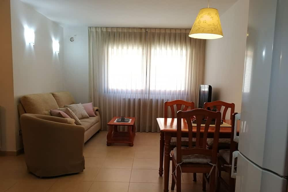 Apartment, 1 Bedroom, Mountain View - Living Area