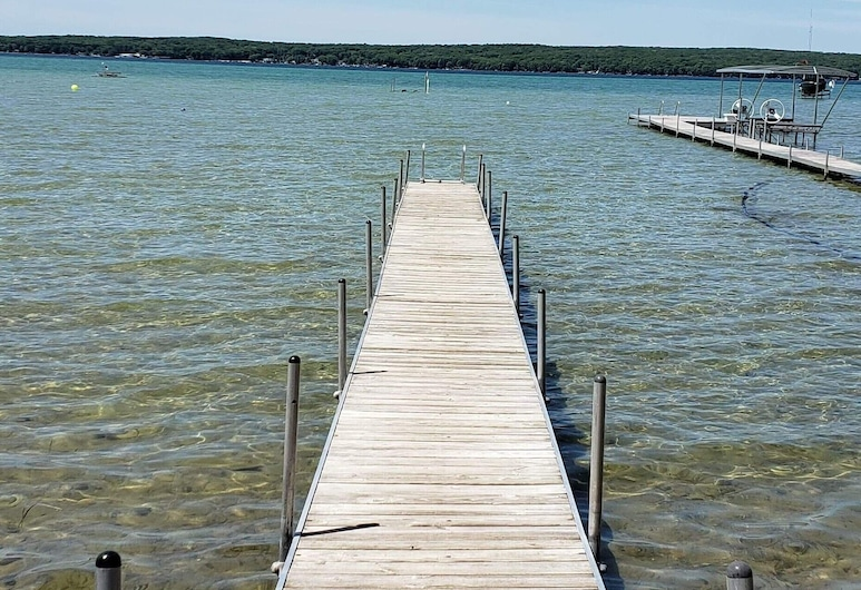 Only 500 Feet From Higgins Lake!, Higgins Lake, Pantai