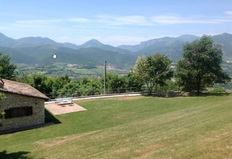 Agriturismo Valdifiori, Sassoferrato, Property Grounds