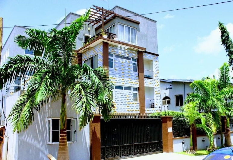The Avery Apartments, Accra, Front of property