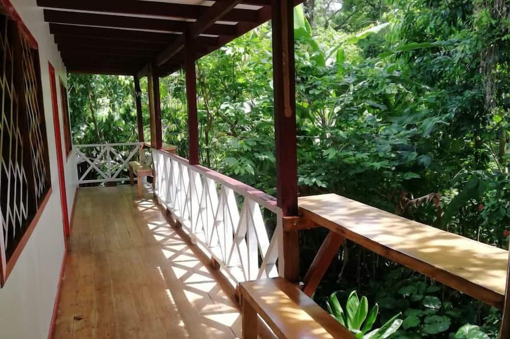 Pokój Comfort, Wiele łóżek, dla niepalących, prywatna łazienka - Balkon