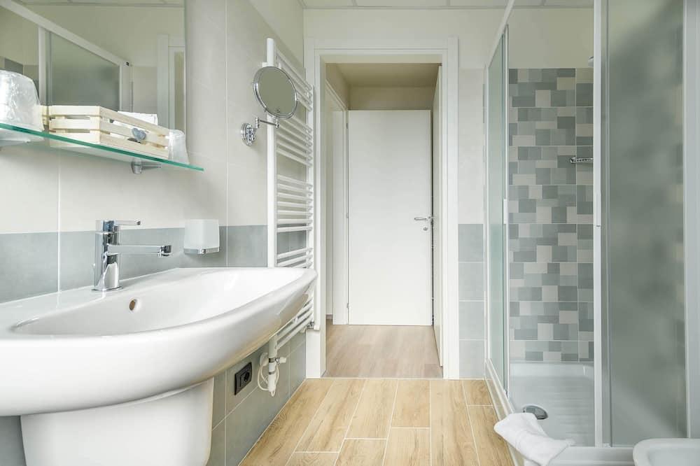 Chambre Confort Double ou avec lits jumeaux - Salle de bain
