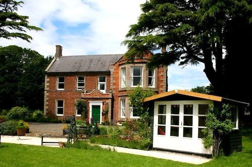 Broomhouse