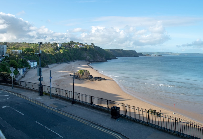 Royal Lion Hotel, Tenby, Fassaad